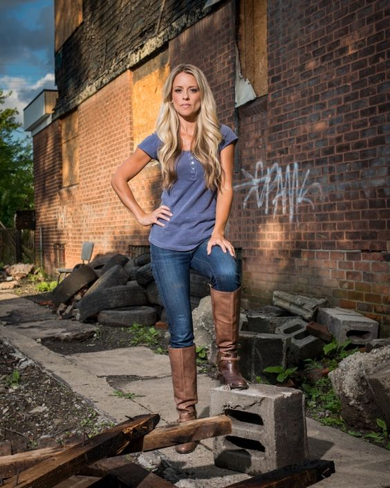 Nicole Curtis Of Rehab Addict Has Awesome Muscles! But Her