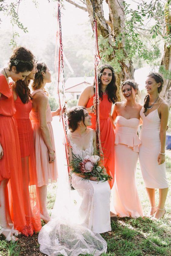 Crédit photo : Lara Hotz - Témoins et demoiselles d'honneur - Article à lire sur Youpi ! La vie est jolie !