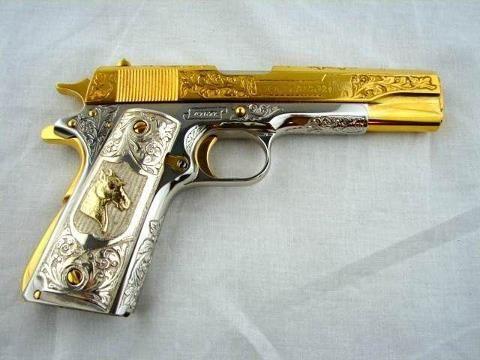 That's a beautiful gun!!!: Beautiful Weapons, Firearms Rifles Handguns, Guns Rifles, Engraved Handguns, Weapons Guns Handgun, Hand Guns, Guns Guns,  Six-Gun, Beautiful Guns