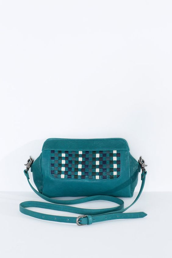 A charming little sister to the stunning Woven Bag, the Woven Clutch is a…