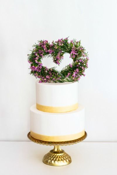 fresh flowers cake topper