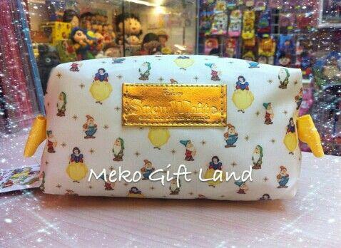 Snow white case (makeup, pencils, etc.)