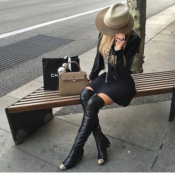 """""""The stylish Ela Mois """""""