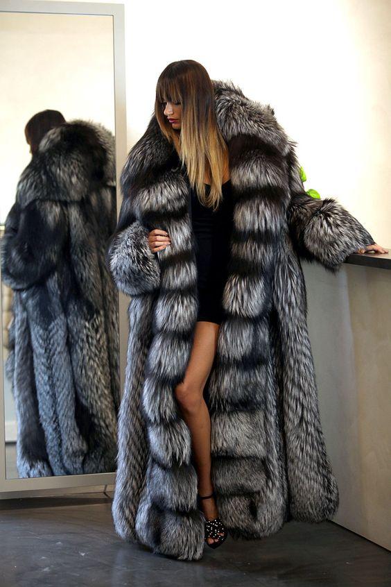 PELZ PELZMANTEL MANTEL SILBERFUCHS SILVER FOX FUR COAT love long fur coat real sexy on a lady