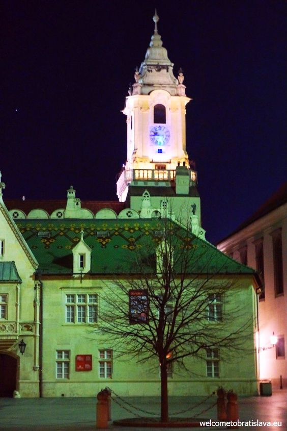 BRATISLAVA BY NIGHT FREE TOUR - WelcomeToBratislava | WelcomeToBratislava: Museum of City History