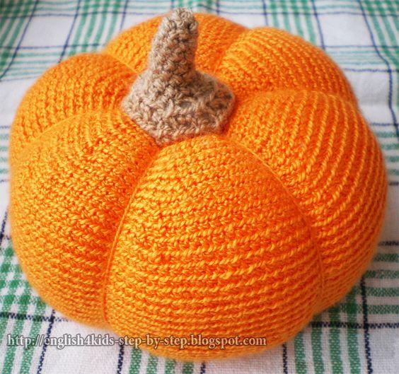 crochet pumpkin: