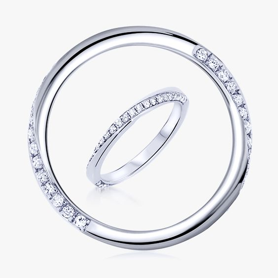 trs originale lalliance duchesse est une alliance diamants tour complet originale grce - Alliance Entrelace Mariage