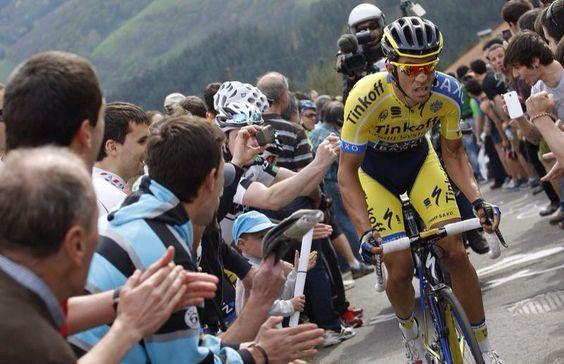 Francisco Contador @fjcontador Espectacular como siempre @albertocontador @tinkoff_saxo The Best!!! pic.twitter.com/LGdarwUNM4