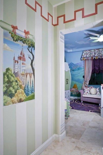 Little girl's fairy tale dream (pic 4 of 4)