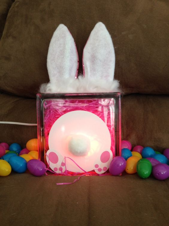 Glass block easter bunny bum glass blocks pinterest for Glass block crafts pictures