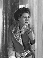 PHYLISS CALVERT, a ladylike actress who packed movie theaters in the darkest days of World War II with her performances in wildly melodramatic, escapist costume dramas. http://www.imdb.com/name/nm0130829/bio