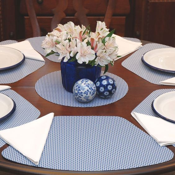 25 Best Collection Placemats For Round Table Placemats Roundtable Placemats For Round Table Quilted Table Runners Patterns Placemats