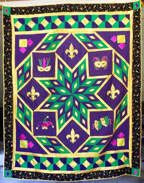 Paris Friday of Pelham, alabam Mardi Gras Quilt: