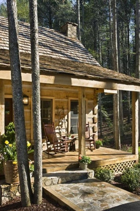 Cabin small cabins and small porches on pinterest for Log home porches