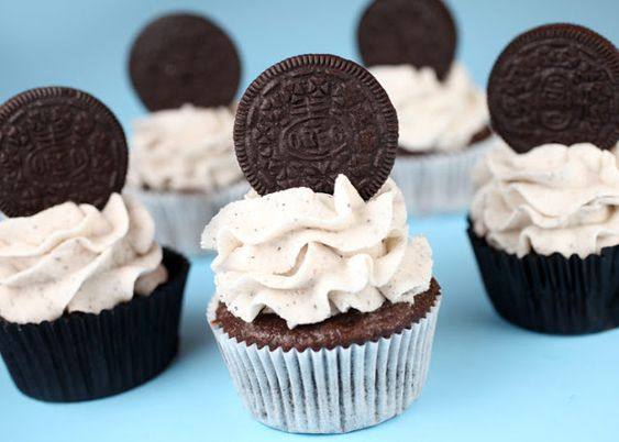 25 Best Cupcake Recipes - The Cottage Market