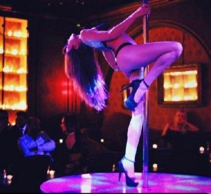 What happens in private lap dances