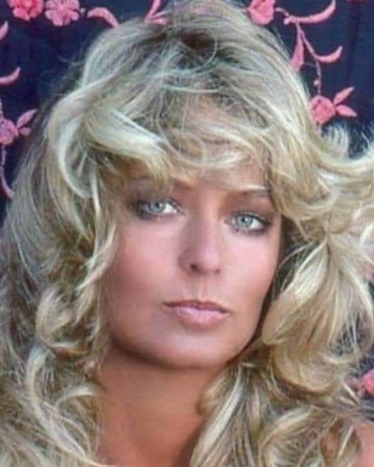 29 Likes 0 Comments Carlos Galdi Galdicarlos On Instagram Farrahfawcett Kiss Of An Angel Farrah Fawcett Frisur Pony Lang Hubsche Gesichter