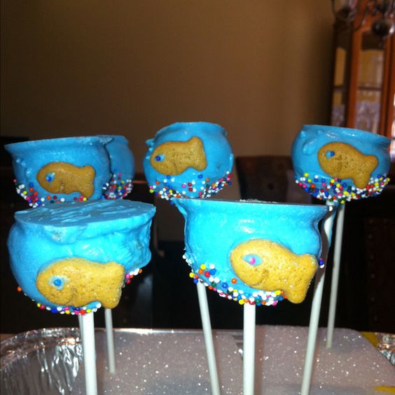 Cake pops fish bowl style!