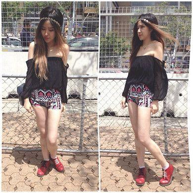 Stereosonic Music festival fashion. Sabo skirt top, motel rocks shorts.