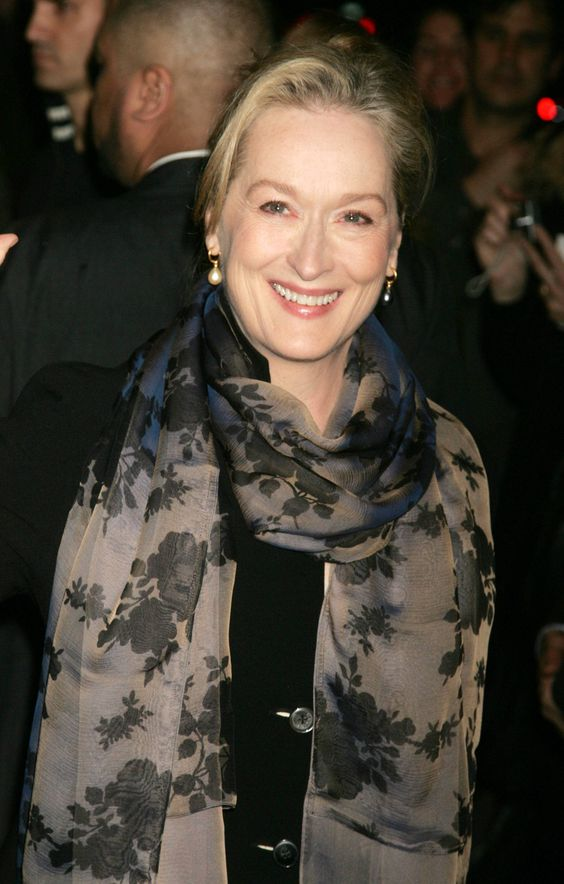 Meryl Streep and her fashionable self. Can I please be her? Or at least go shopping with her?