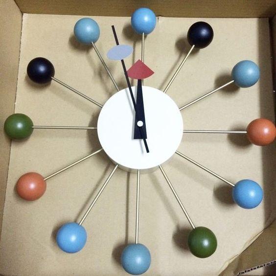 【挑椅子】經典復刻版 北歐風 彩球鐘 Ball Clock 時鐘/ XC-001