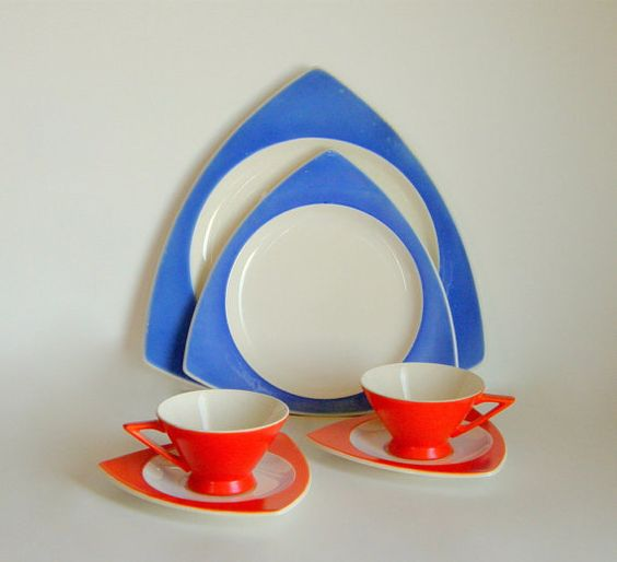 Salem Tricorne Streamline Dinnerware - Mandarin Orange Cups & Saucers w/ Rare Egyptian Blue Plates