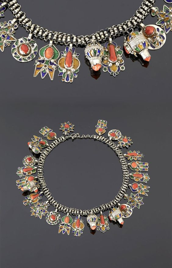 Algeria - Grand Kabylie | Necklace (azrar) from the Beni Yenni people; silver, enamel and coral.  The round pendants are made from French coins. | 347€ ~ sold (May '15)