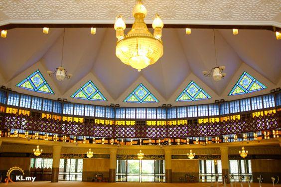 National Mosque (Masjid Negara) - goKL.my