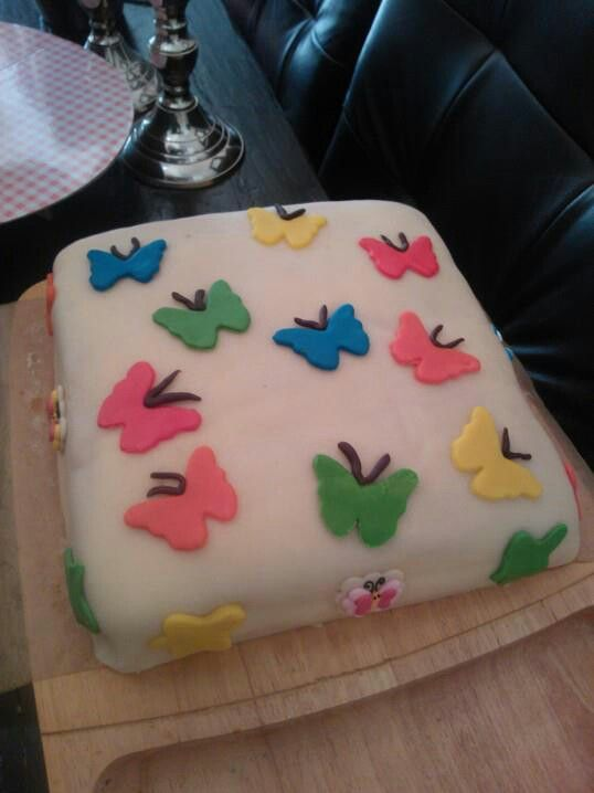 Butterflycake I did for my niece's 5 te bday