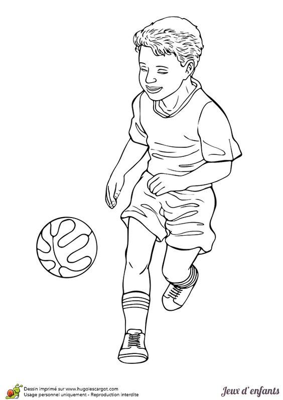 A colorier, un dessin d'un petit garçon entrain de jouer