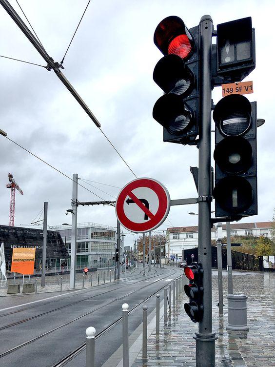 Двойные светофоры в Бордо