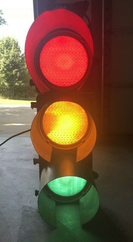 Yellow Cab Shreveport >> Vintage Traffic Signal Red Yellow Green Traffic Signals