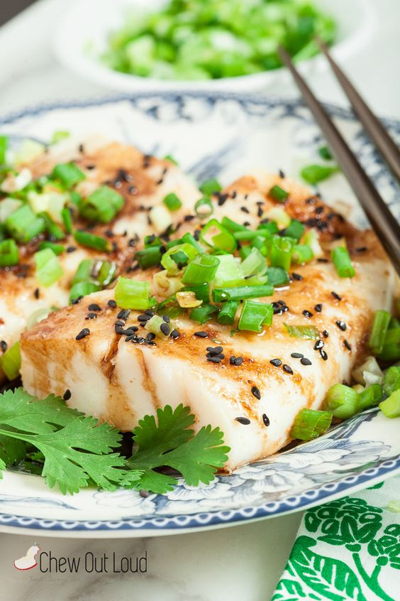 15-Minute Ginger Soy Asian Steamed Fish | chew out loud | Bloglovin'