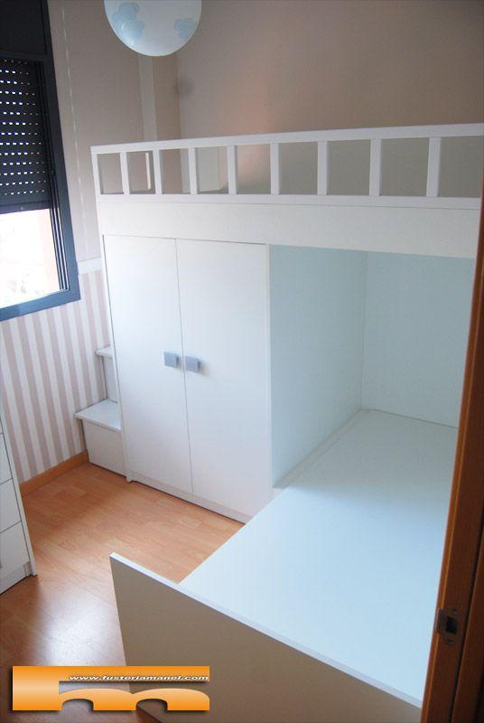 Habitacion infantil con litera tren cruzada a medida canape en cama inferior proyecto de - Literas para habitaciones pequenas ...