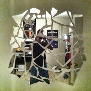 Broken mirror artistic for the apartment pinterest for Broken mirror craft ideas