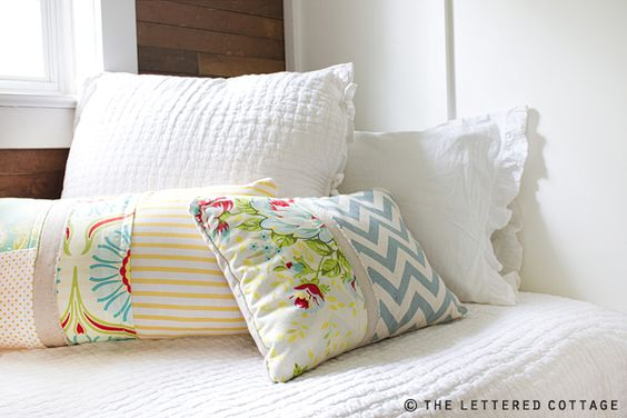 How To Make a Patchwork Pillow <--- beautiful!