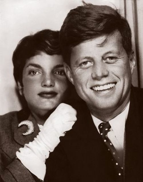 Young Jack and Jackie Kennedy in a photobooth: