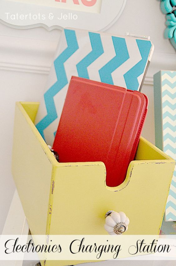 Great gift for Jerod and Chelsea.....25 DIY Gift Ideas  StudentRate Trends