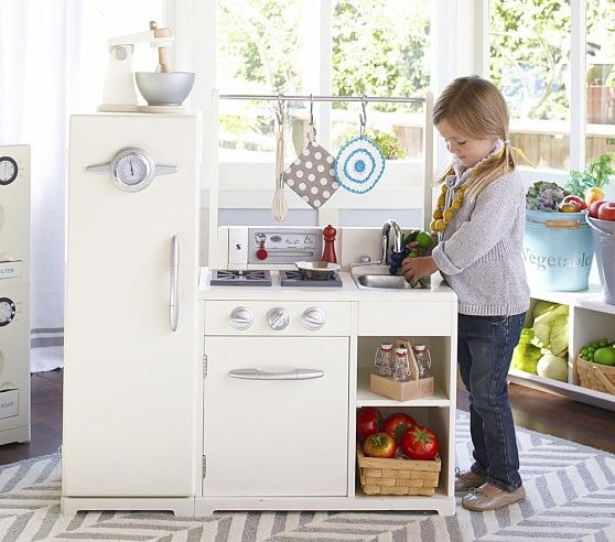 Pottery Barn Play Kitchen: Simply White All-in-1 Retro Kitchen