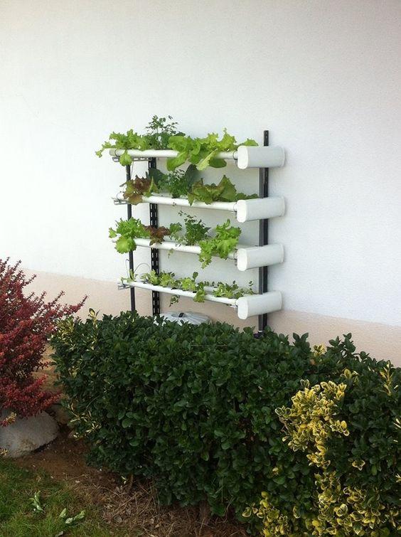 Upgrade com novo design e concepção de uma horta sem solo, para uso interior e exterior, aplicável a qualquer ambiente e com capacidade para cultivar de 20 a 40 plantas.