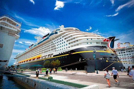 Make your trip memorable at Luxury Cruises by Lets Cruise Ltd in New Zealand.