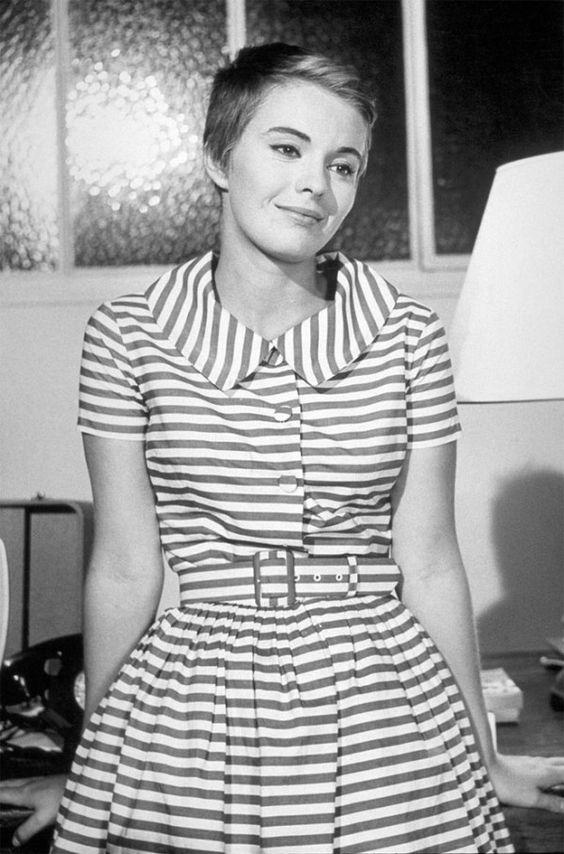 """Jean Segerg, striped dress - """"Breathless"""""""