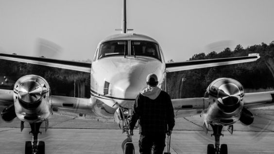 The Spartanburg Downtown Memorial Airport is both one of the oldest airports in the country and the first in SC. http://ow.ly/zVsc308VaW2 #visitspartanburg /// : @hisham_qadri