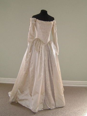 1700s wedding dresses lucie manettepast pinterest