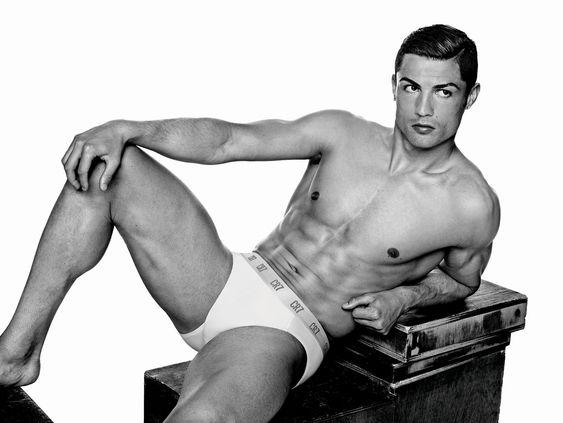 "Cristiano Ronaldo ""raccourcie"" au montage"