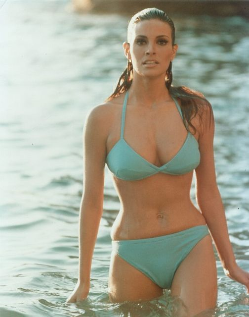 The 20 Hottest Raquel Welch Photos