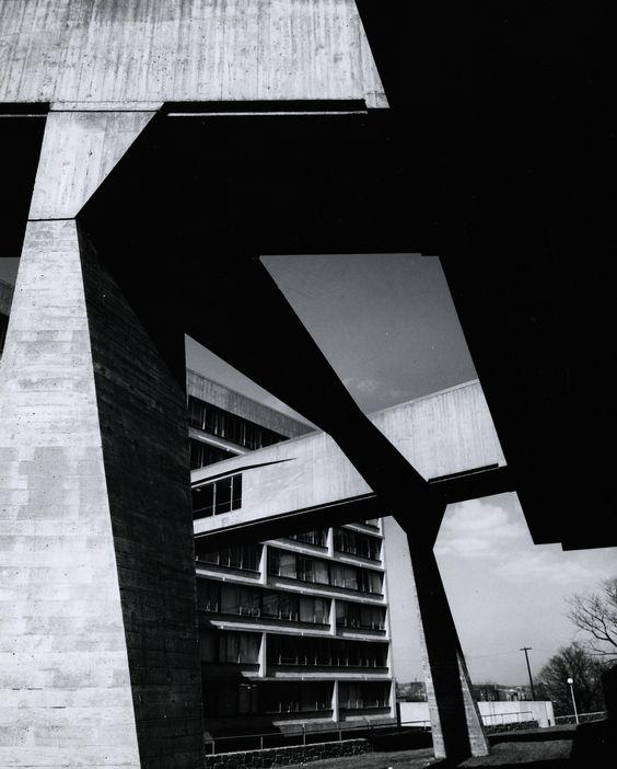 Marcel Breuer, Julius Silver Residence Hall, 1962