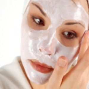 8 Homemade Facial Masks For Glowing Skin !
