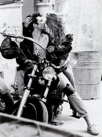 Harley kiss