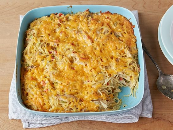 What's cooking? The Pioneer Woman's Chicken Spaghetti!